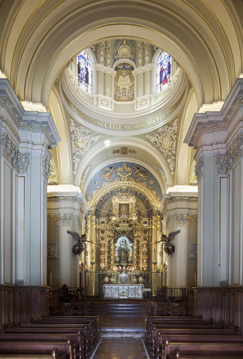 Interior de la Capilla de Nuestra Señora del Rosario.