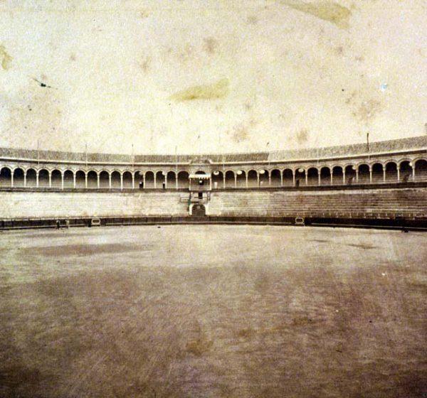 Vista de la plaza, 1881